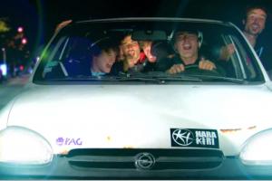 西蒙娜的汽车 - 正片