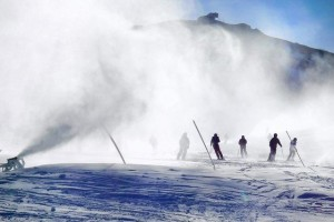美国滑雪业持续走低