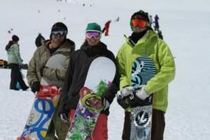 第一届国际滑雪比赛在秘鲁举行