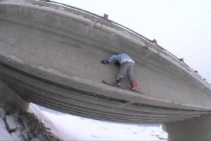 Smokin' Snowboards 团队滑手Colin Langlois 特辑