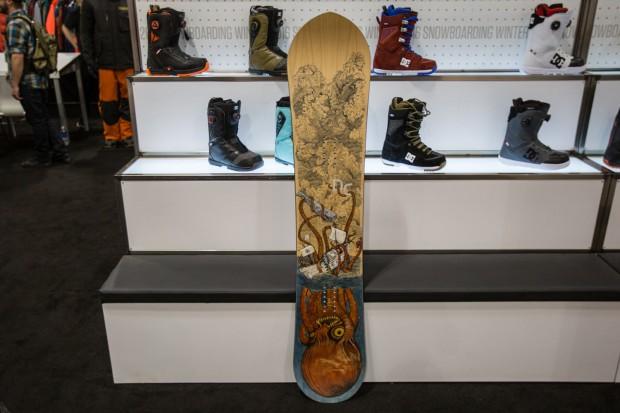 060_DC_DevunWalsh_supernatant_snowboard